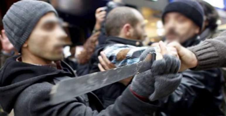 معركة بالأسلحة البيضاء في الشارع ببرشيد