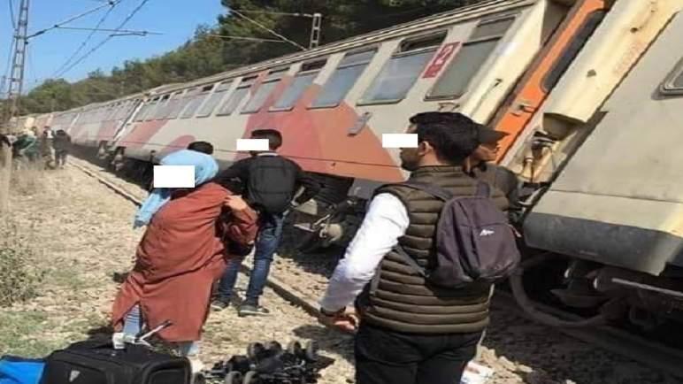 انحراف قطار عن سكته في بوسكورة (صور)