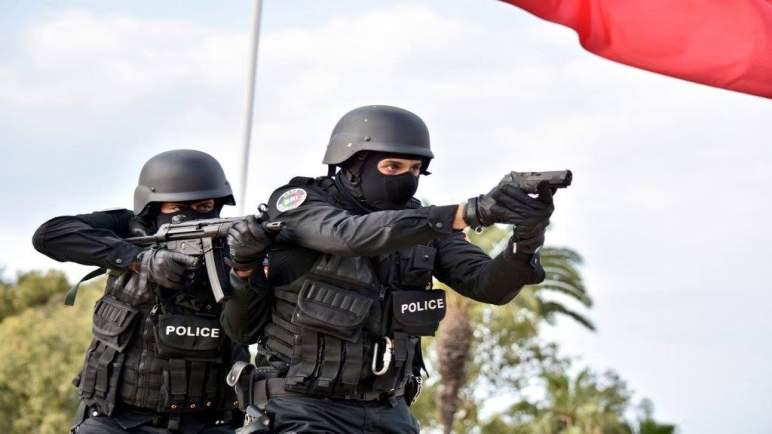 الأمن يطلق الرصاص في زايو